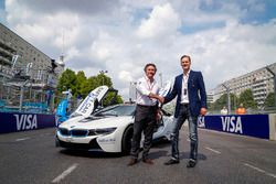 BMW apretón de manos