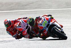 Andrea Iannone, Ducati Team; Andrea Dovizioso, Ducati Team