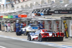 Билли Джонсон, Штефан Мюкке и Оливье Пла, #66 Ford Chip Ganassi Racing Team UK Ford GT