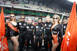 Промо-девушки G-Drive Racing