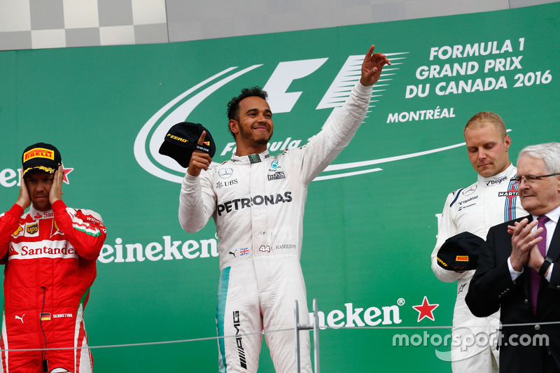 2016: Lewis Hamilton