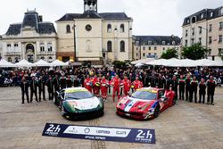 Данкан Кэмерон, Мэтт Гриффин, Аарон Скотт, #55 AF Corse Ferrari 458 Italia и Франсуа Перродо, Эммануэль Коллар и Руи Агуаш, #83 AF Corse Ferrari 458 Italia