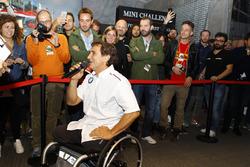 Alex Zanardi, BMW Team Italia, alla cerimonia di premiazione