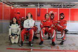 #71 AF Corse Ferrari 488 GTE: Sam Bird, Louise Beckett, FIA WEC journalist