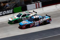 Kevin Harvick, JR Motorsports Chevrolet, Kyle Busch, Joe Gibbs Racing Toyota