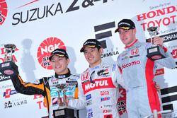 Podium: winner Naoki Yamamoto, Team Mugen, second place Yuji Kunimoto, Cerumo Inging, third place Stoffel Vandoorne, Dandelion Racing