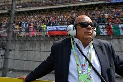 Antonio Perez, father of Sergio Perez, Sahara Force India F1 on the grid