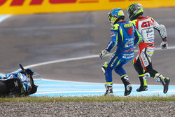 Алеш Эспаргаро, Team Suzuki MotoGP, и Кэл Кратчлоу, Team LCR Honda