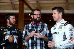 Martin Truex Jr., Furniture Row Racing, Toyota; Rutledge Wood; Carl Edwards, Joe Gibbs Racing, Toyot