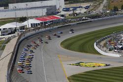 Jimmie Johnson, Hendrick Motorsports Chevrolet, Alex Bowman, Hendrick Motorsports Chevrolet