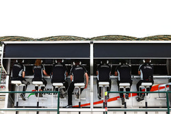 Le muret des stands de Sahara Force India F1 Team