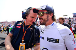 Paul Monaghan, Red Bull Racing Ingeniero Fernando Alonso, McLaren en la parrilla