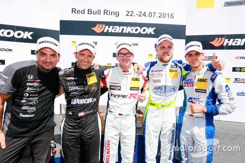 Podium: Sieger Steve Kirsch, Team Honda ADAC Sachsen, Honda Civic TCR; 2. Harald Proczyk, HP Racing,