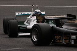#11 Lotus 91/5 (1982): Gregory Thornton; #54 Williams FW07C (1981): Paolo Barilla
