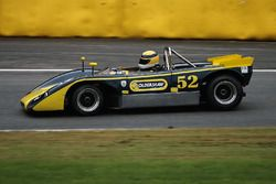 #52 Lola T212 (1971): Robert Oldershaw