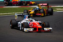 Oliver Rowland, MP Motorsport devance Antonio Giovinazzi, PREMA Racing