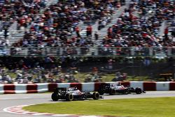 Jenson Button, McLaren MP4-31, Fernando Alonso, McLaren MP4-31