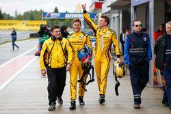 Polesitter Nicky Catsburg, LADA Sport Rosneft, Lada Vesta; Hugo Valente, LADA Sport Rosneft, Lada Ve
