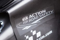 #4 ByKolles Racing CLM P1/01: FIA Action for Road Safety signage