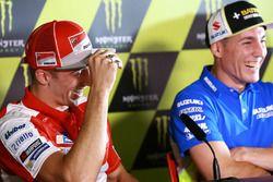Andrea Iannone, Ducati Team; Aleix Espargaro, Team Suzuki Ecstar MotoGP
