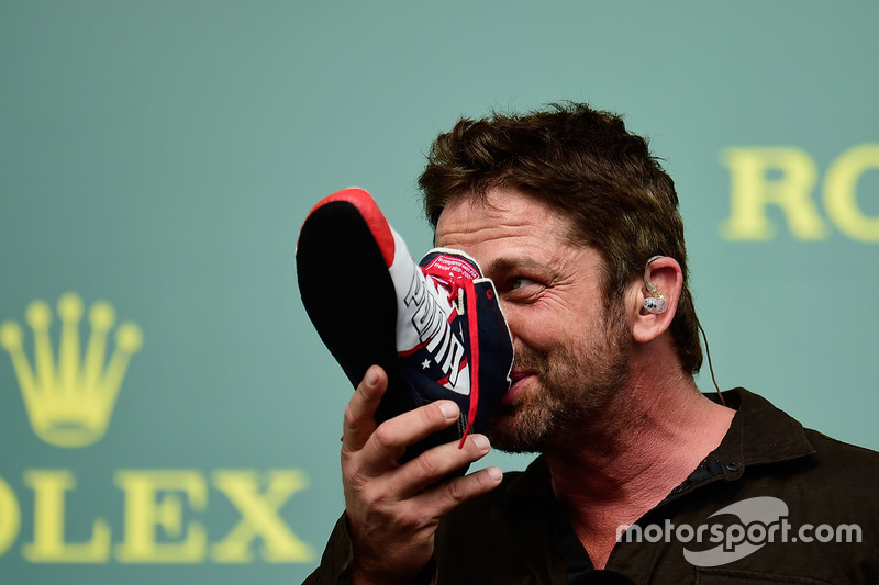 Gerard Butler, Actor on the podium