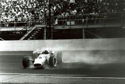 Dreher: Jim Clark, Lotus 38