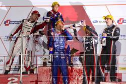 Podyum: GT300: 1. #61 R&D Sport Subaru BRZ: Takuto Iguchi, Hideki Yamauchi, 2. #31 Apr Toyota Prius