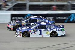 Jamie McMurray, Chip Ganassi Racing, Chevrolet; Kasey Kahne, Hendrick Motorsports, Chevrolet