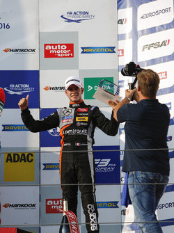 Rookie Podium: Anthoine Hubert, Van Amersfoort Racing Dallara F312 – Mercedes-Benz