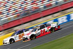 Chase Elliott, Hendrick Motorsports Chevrolet, Reed Sorenson, Premium Motorsports Chevrolet