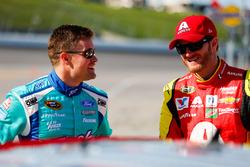Ricky Stenhouse Jr., Roush Fenway Racing Ford, Dale Earnhardt Jr., Hendrick Motorsports Chevrolet