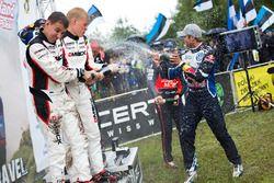 Podio: Ott Tanak, Raigo Molder, DMACK World Rally Team; Andreas Mikkelsen, Anders Jäger, Volkswagen