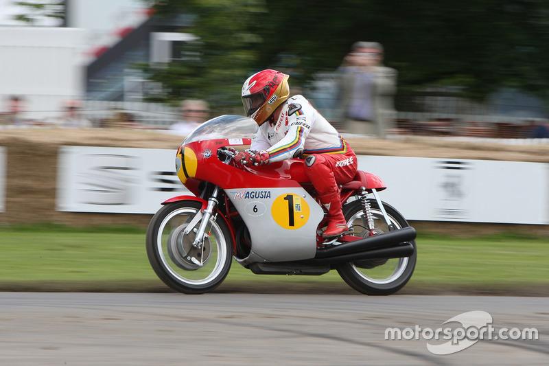 Giacomo Agostini, MV Agusta 500