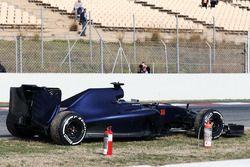 The Scuderia Toro Rosso STR11 of Max Verstappen, Scuderia Toro Rosso stopped on the circuit