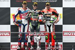 Podium : le deuxième, Michael van der Mark, Honda WSBK Team, le vainqueur Jonathan Rea, Kawasaki Racing Team et le troisième, Davide Giugliano, Aruba.it Racing - Ducati Team