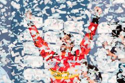 Podio ganador Lucas di Grassi, ABT Schaeffler Audi Sport