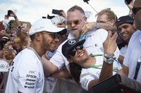 Fans meet Lewis Hamilton, Mercedes AMG F1