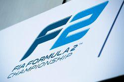 Логотип F2