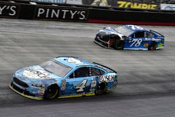 Kevin Harvick, Stewart-Haas Racing, Ford Fusion Busch Beer and Martin Truex Jr., Furniture Row Racing, Toyota Camry Auto-Owners Insurance