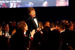 Malcolm Wilson, yılın ralli aracı ödülünü alıyor