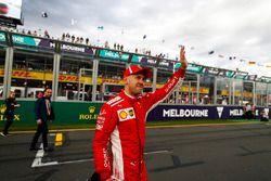 Sebastian Vettel, Ferrari, celebra su tercer puesto