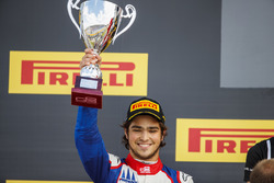 Second place Pedro Piquet, Trident