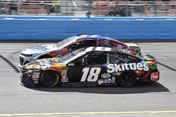 Kyle Busch, Joe Gibbs Racing, Toyota Camry Skittles Sweet Heat, Chris Buescher, JTG Daugherty Racing