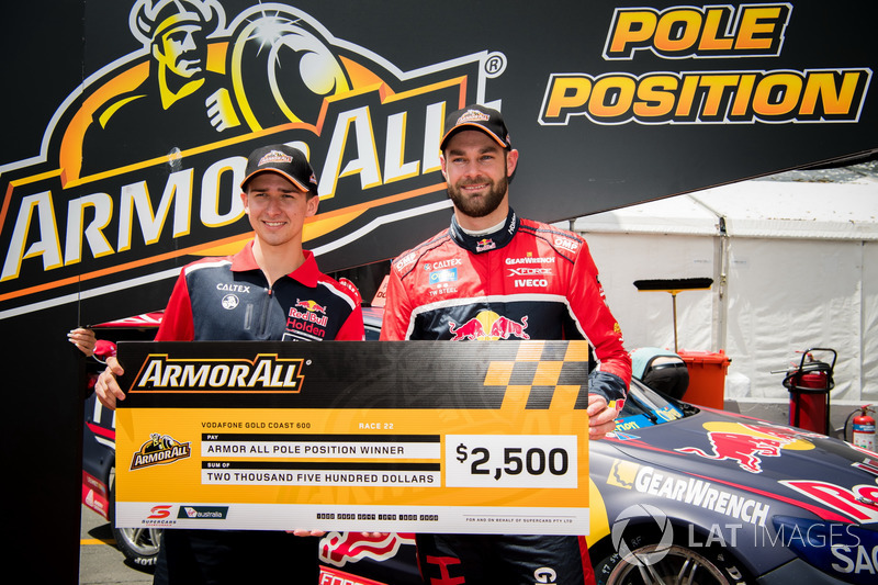 Pole position pour Matthew Campbell, Shane van Gisbergen, Triple Eight Race Engineering Holden