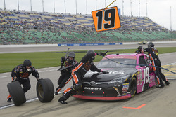 Matt Tifft, Joe Gibbs Racing Toyota, makes a pit stop