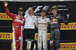 Second place Sebastian Vettel, Ferrari, Tony Ross, Race Engineer, Mercedes AMG F1, Nico Rosberg, Mer
