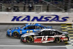 Aric Almirola, Stewart-Haas Racing, Ford Fusion Smithfield, Clint Bowyer, Stewart-Haas Racing, Haas 30 Years of the VF1