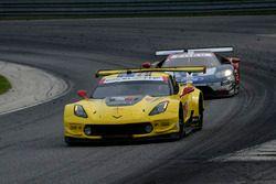 #3 Corvette Racing Chevrolet Corvette C7.R, GTLM: Antonio Garcia, Jan Magnussen, #66 Chip Ganassi Racing Ford GT, GTLM: Dirk Muller, Joey Hand