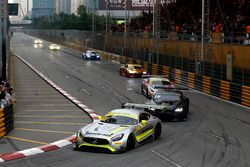 Edoardo Mortara, Mercedes-AMG Team Driving Academy, Mercedes - AMG GT3 leads at the Restart