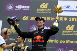 Podium: Dan Ticktum, Motopark with VEB, Dallara Volkswagen